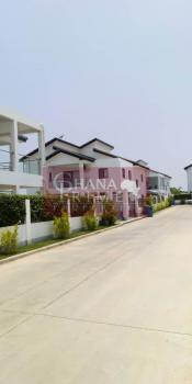 Luxury 4 Bedrooms Townhouse, Burma Camp, Accra, Townhouse for Rent