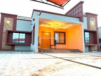 3, 4 Bedroom Townhouse, Lakeside, Madina, La Nkwantanang Madina Municipal, Accra, Townhouse for Sale