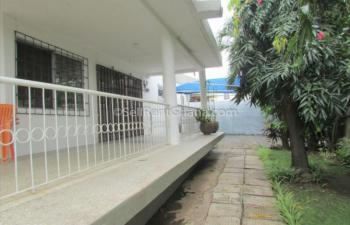 2 Bed Apartment, Abelemkpe, Accra, Flat for Rent