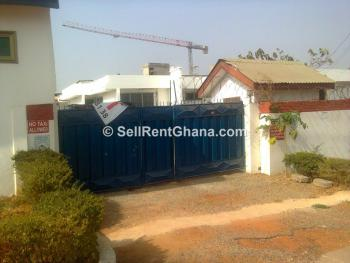 5 Bedroom House + 2 Bq, Abelemkpe, Accra, Detached Bungalow for Rent