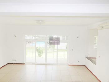 3 Bedroom Apartment, North Ridge, Accra, House for Rent