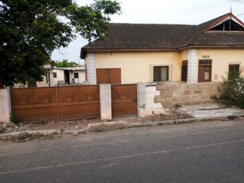 Old Property on 1plot of Title Land Fence Walled in Osu, Osu, Osu, Accra, Mixed-use Land for Sale