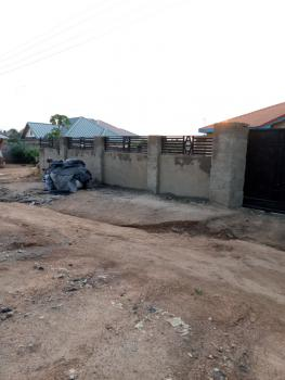 6 Bedrooms  with Wide Space, Ga Central Municipal, Accra, Block of Flats for Sale