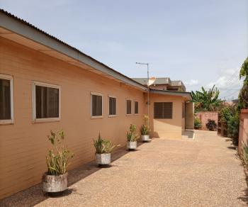 5 Brm House with Boysquartets on 2.5plots at Achimota, Kingsby / Zoozoo Area, Achimota, Accra, Detached Bungalow for Sale