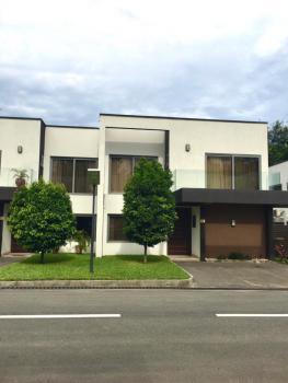 Luxury 4 Bedroom Townhouse with Bq, North Ridge, Accra, Semi-detached Duplex for Rent