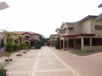 4 Bedroom Unfurnished Townhouse, Cantonments, Cantonments, Accra, Townhouse for Rent