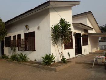 Executive 5 Brm House on 1 & Half Plot at Mataheko/yergola, Mataheko/yergola, Mataheko, Accra, Townhouse for Sale